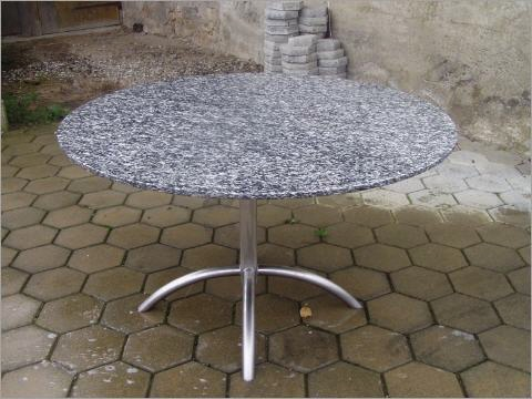 Metal Granit Tische
